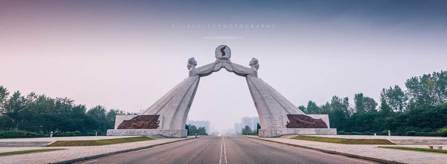 Photograph Monument to the 3 Charters of Reunification by Reuben Teo on 500px