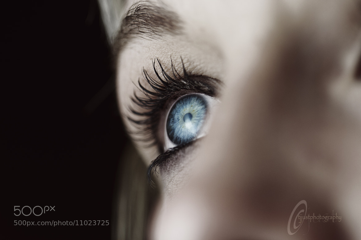 Photograph look into my eyes. by Tony Just on 500px