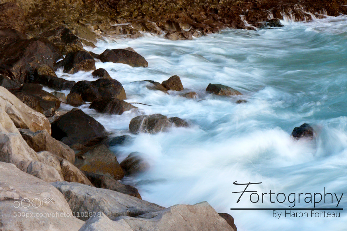 Photograph Rushing waves by Haron Forteau on 500px
