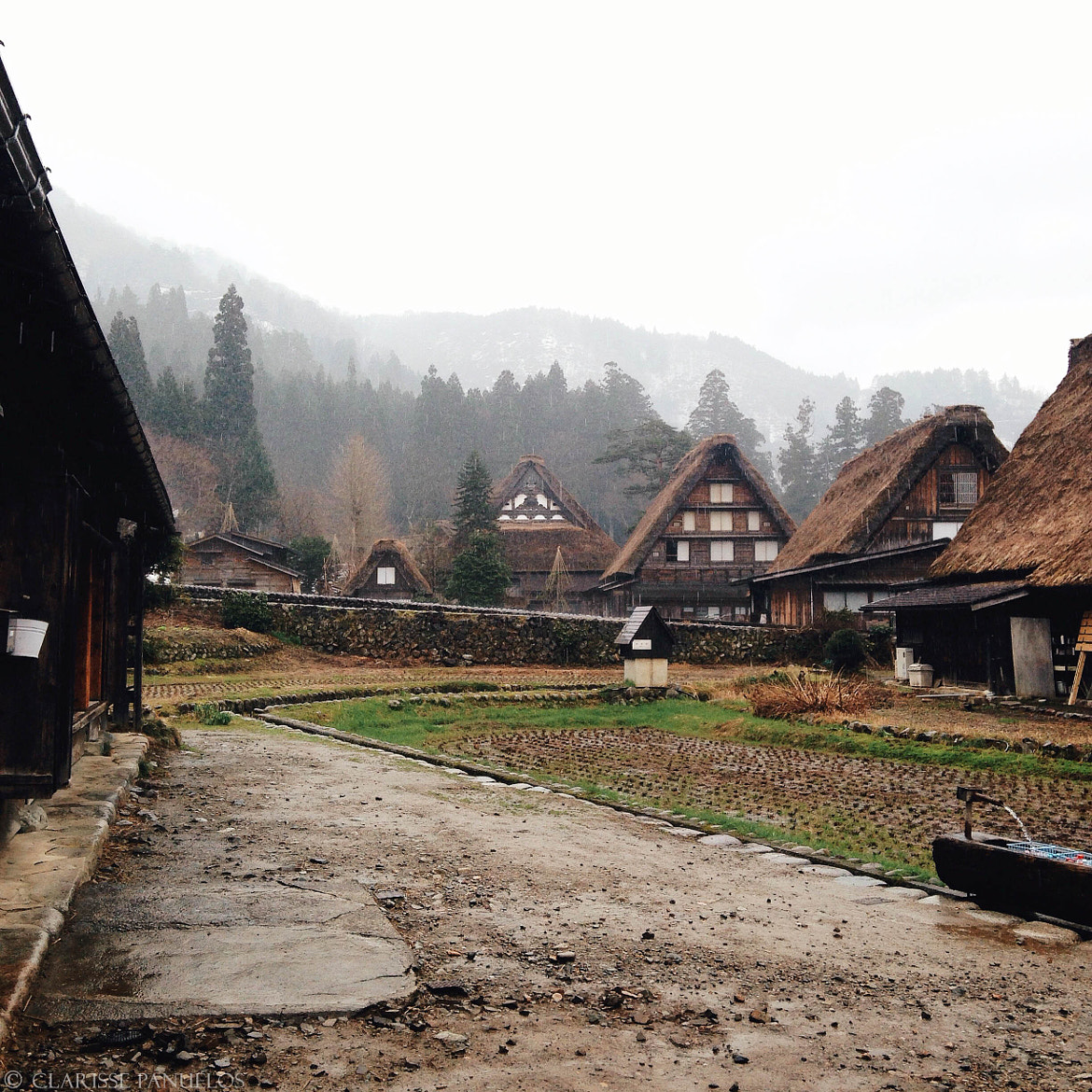 5f4a8e8f8bed822a4e52b94114a1afd3 - Japan Travel Blog April 2015: Shirakawa-go