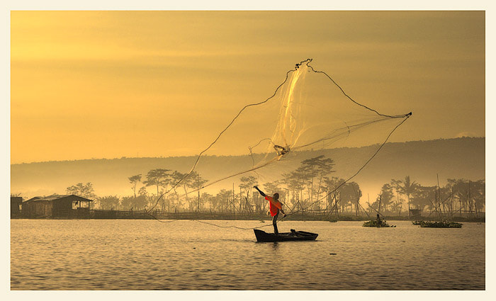 Photograph Throw nets by Saelanwangsa  on 500px