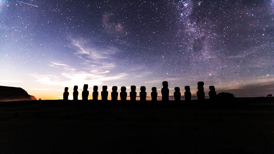 Photograph EASTER ISLAND AHU TONGARIKI MOONRISE by Yvan Neault on 500px