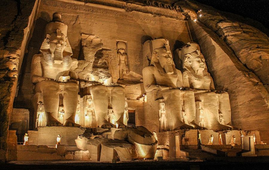 Abu Simbel Ramses II temple by Matias Etchevarne on 500px.com