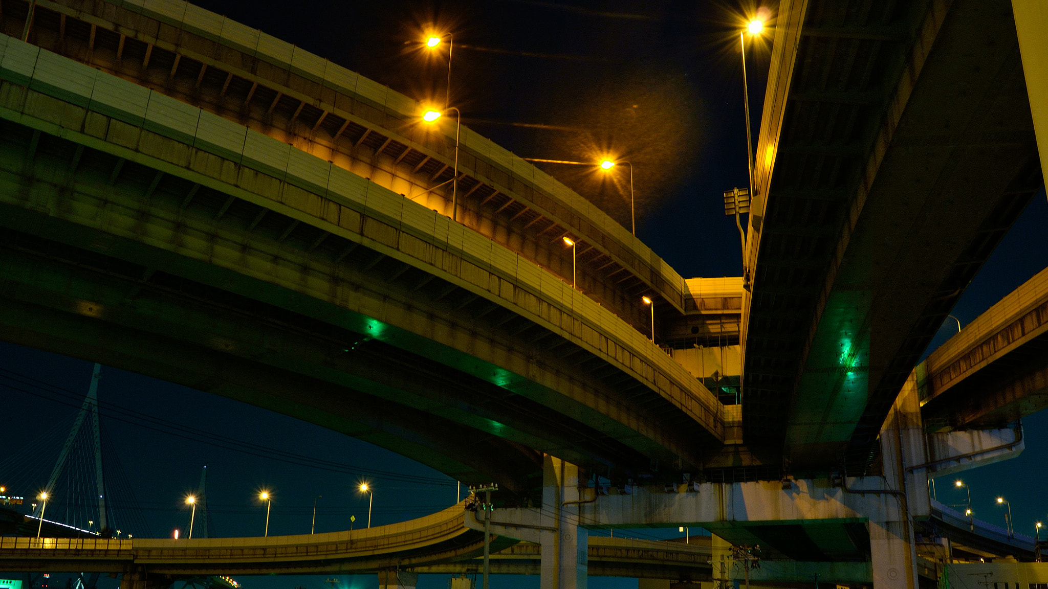 Photograph Elevated Expressways -Tempozan Junction- by Takahiro Yanai on 500px