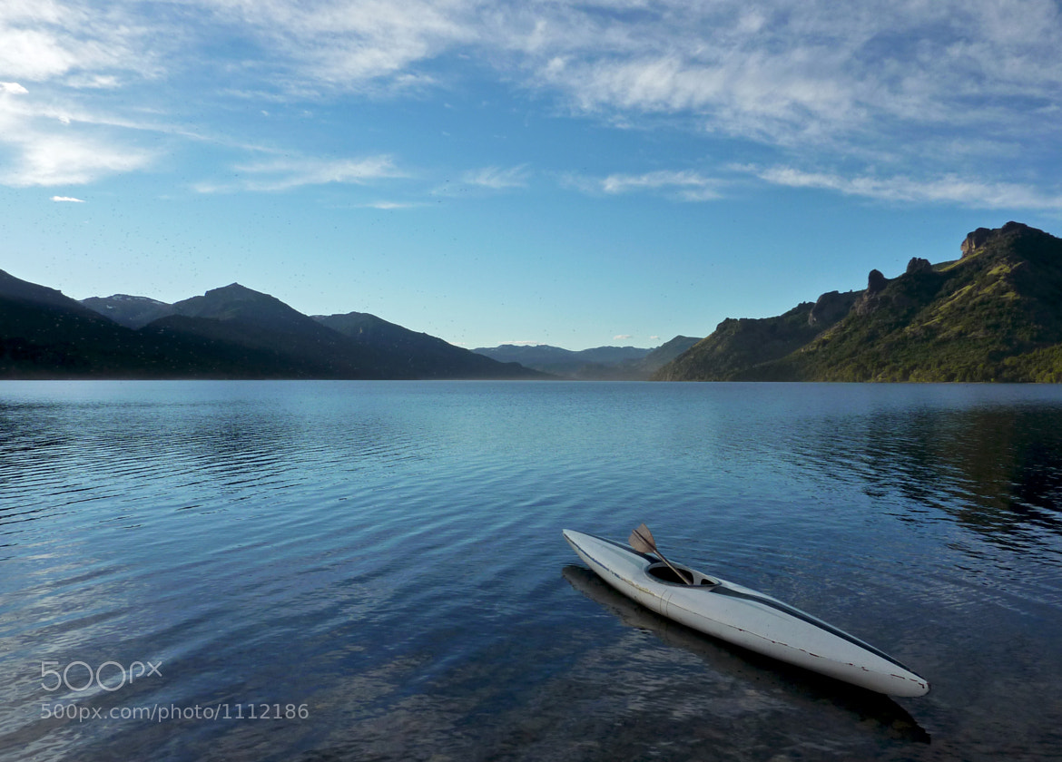 Photograph Kayak in Meliquina Lake by Gabriel Masliah on 500px