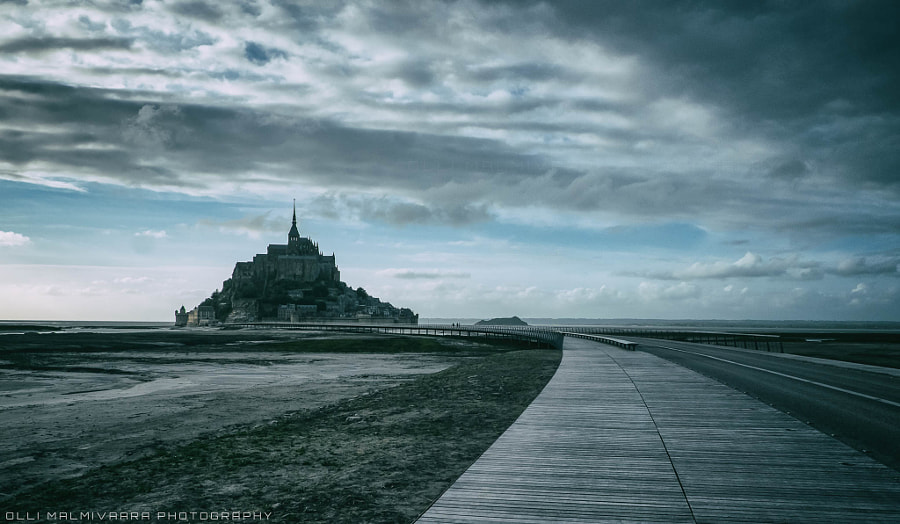 Le Mont Saint-Michel at sunset