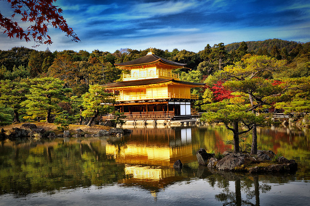 Photograph Golden Pavilion  by Jumrus Leartcharoenyong on 500px