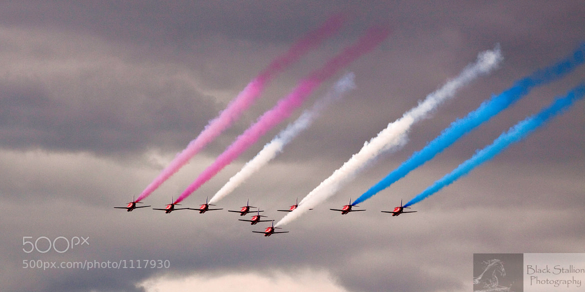 Photograph Red Arrows - Leith Harbour 1 by Kurien Yohannan on 500px
