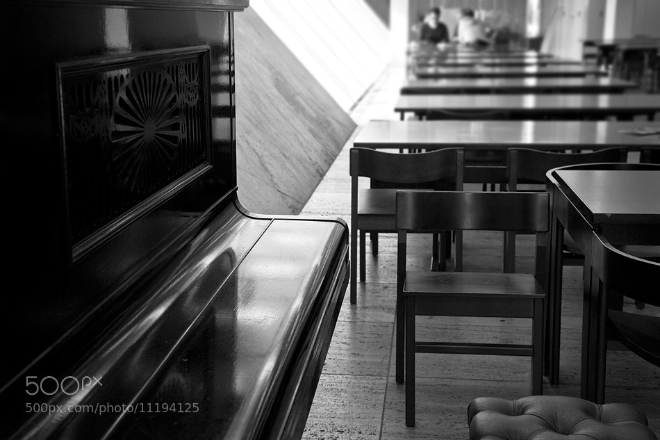 Photograph The Bar by Gabriel (BIEL) on 500px