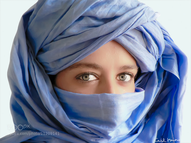Photograph Selfportrait in blue by Carol Honorio on 500px