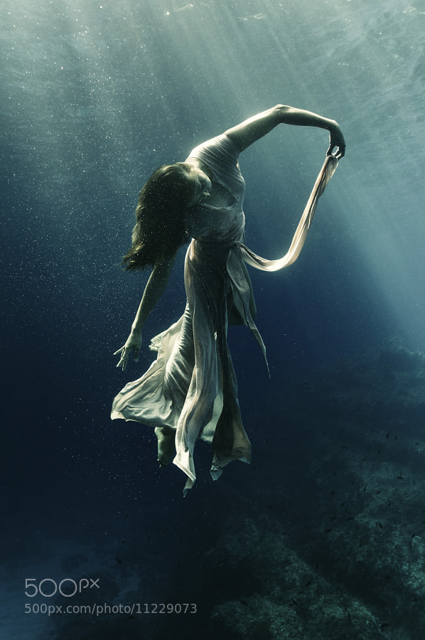 Photograph water dance by Kurt Arrigo on 500px