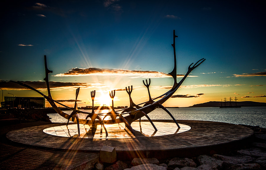 Landscape Photo – Sun Voyager in the sunlight by landscape and Nature Photographer Dagur Jonsson