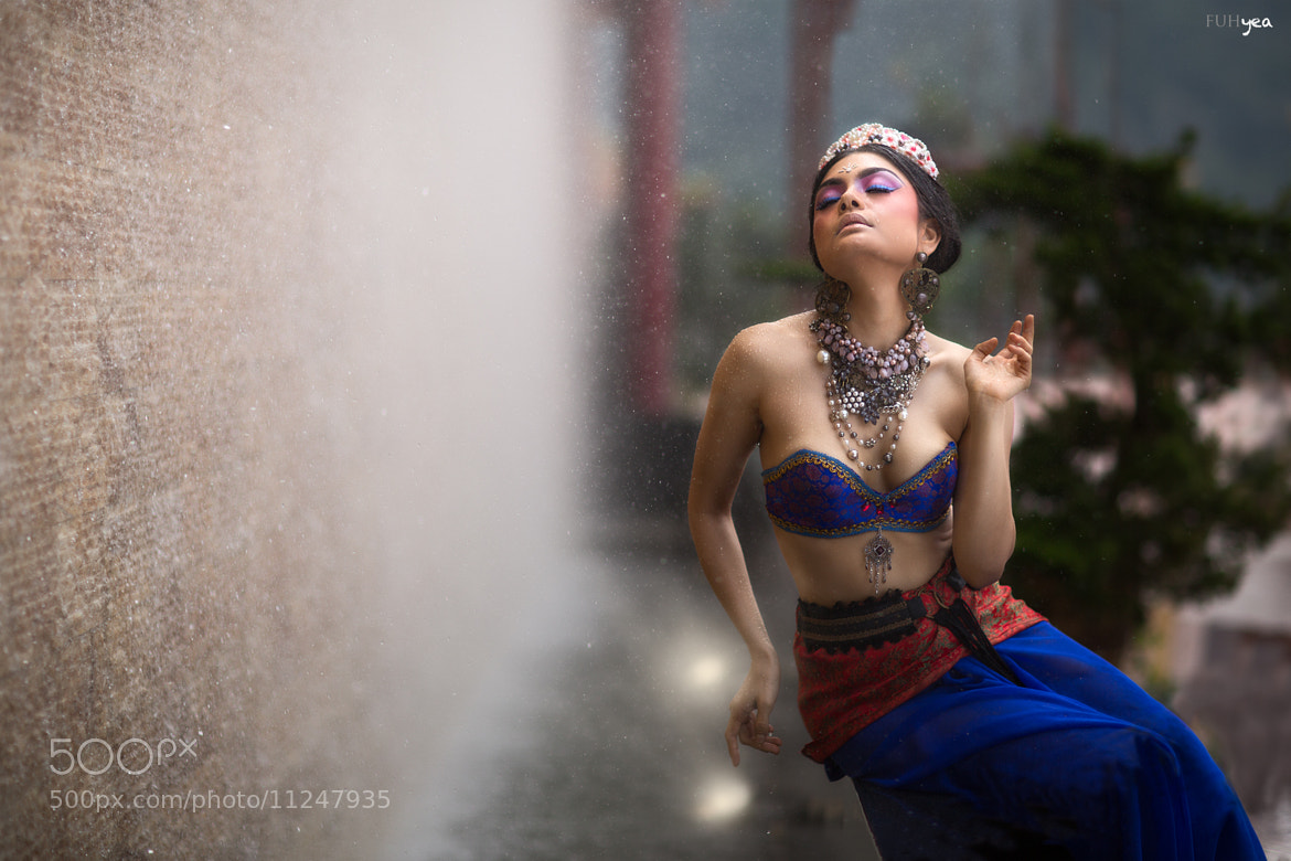 Photograph Tehmina Kaoosji by marcus yap yuh fuh on 500px