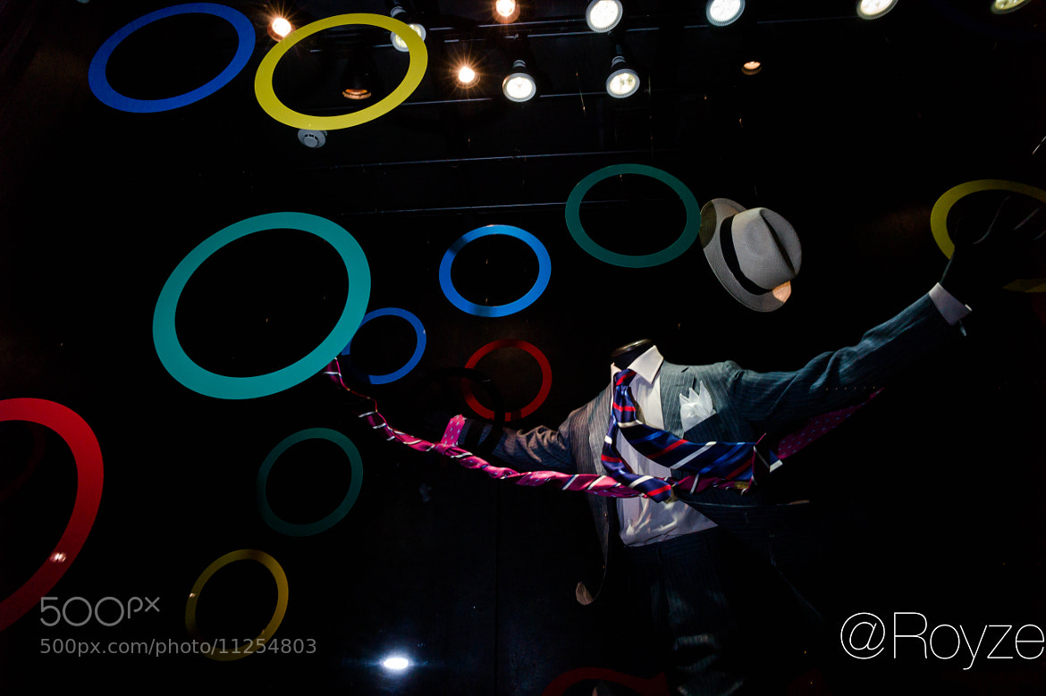Photograph Headless Olympic fan #302,908,273 by Royze   on 500px