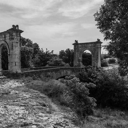 HDR old roman bridge