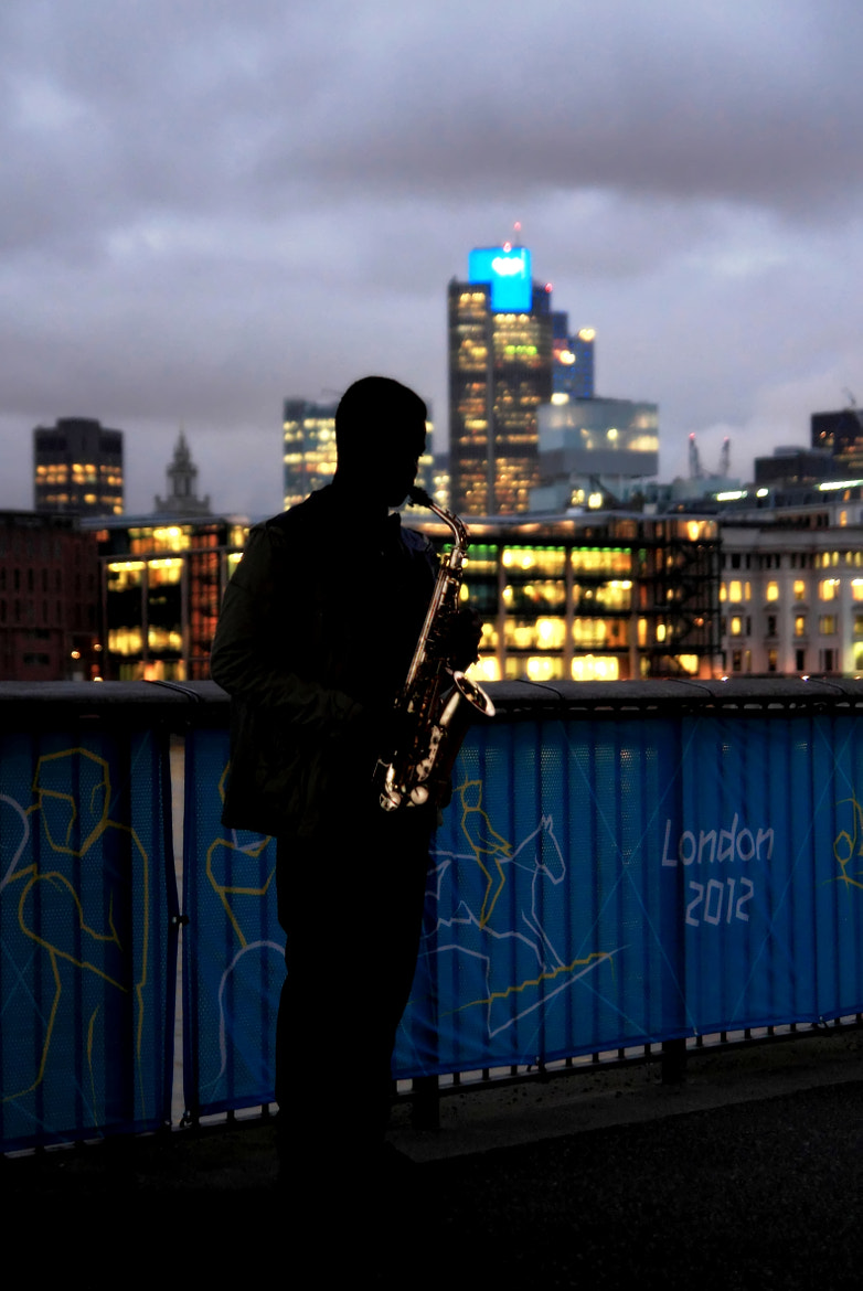 Photograph Sax on the Thames by where the user has no names on 500px