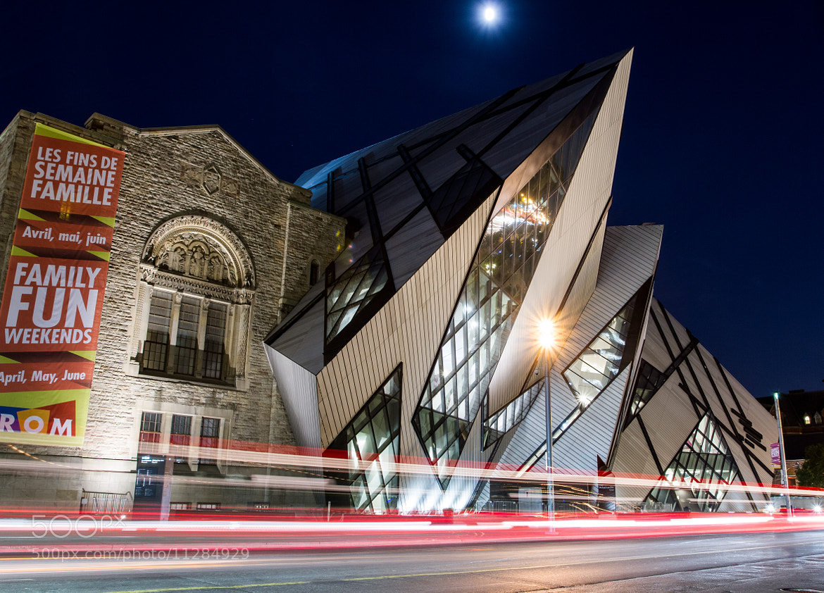 Photograph Royal Ontario Museum by Pablo Vadone on 500px