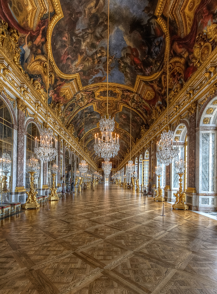 Photograph Galerie des glaces by Claude  ROZIER-CHABERT on 500px
