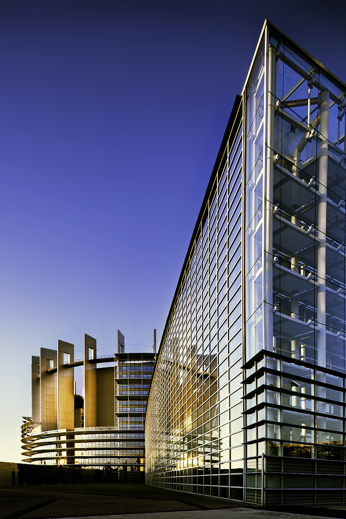 Photograph European parlement by ALCANAUTHA on 500px