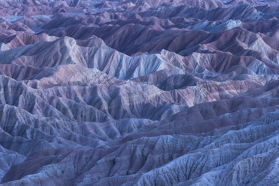v2?webp=true&sig=231e6b48922526e5199bbc3e7a18589930f402bd829aca7296cd2769dfae2914 44 paysages de couleur qui démontrent la beauté de la terre