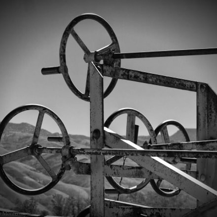 Adams Leaning Wheel Grader Steering, Laws, CA