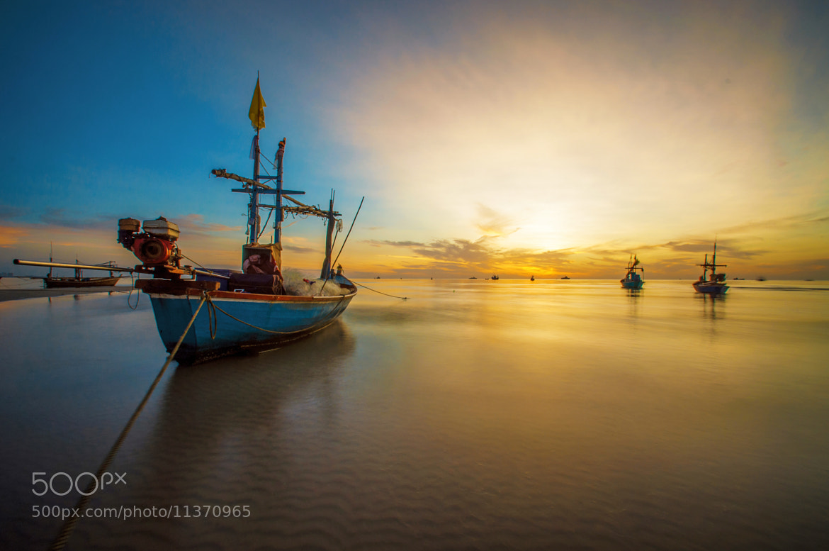 Photograph Boats in the Morning by Kawin Samer on 500px