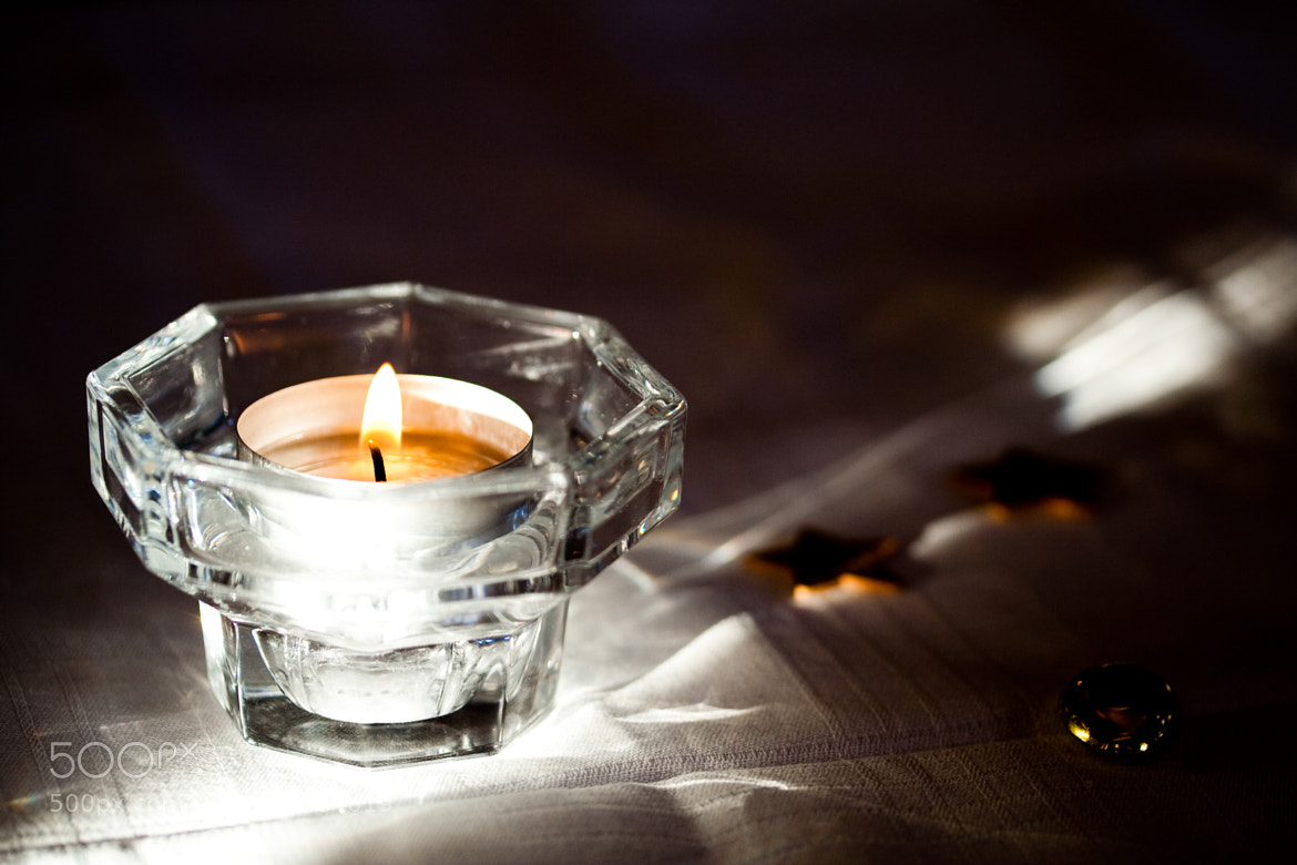 Photograph tea candle by Jeremias Bauer on 500px