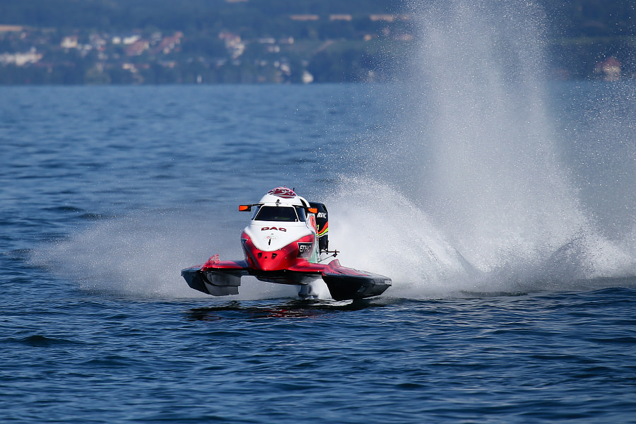Alex Carella F1h2o Evian