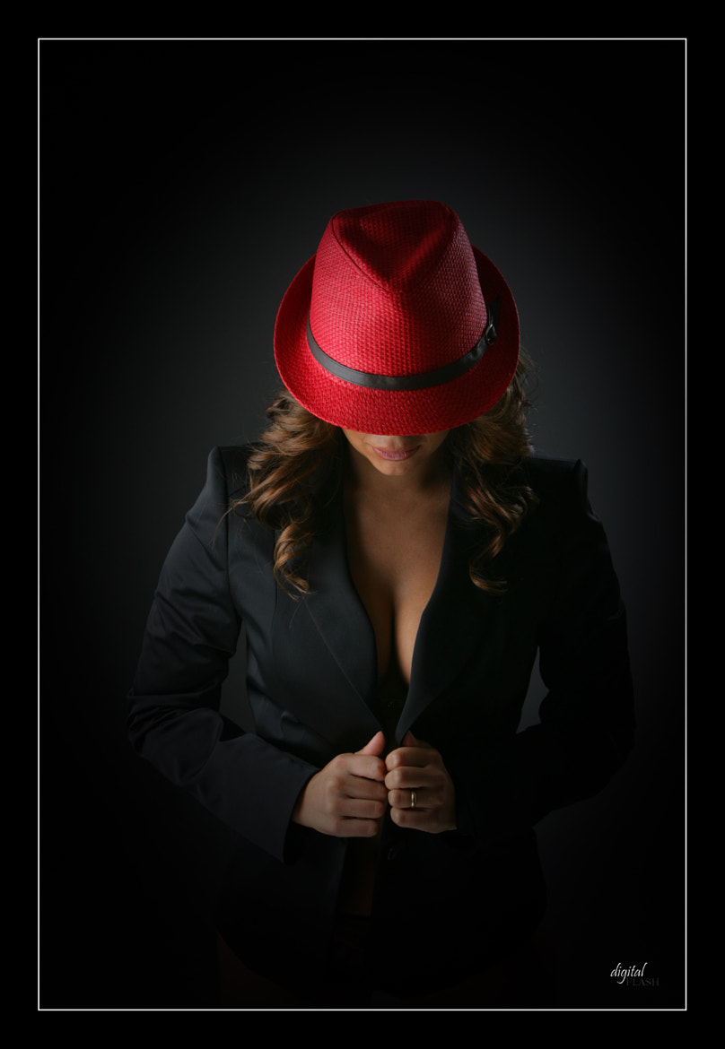 Photograph Sombrero rojo - Red hat by Miguel Ángel Gil on 500px
