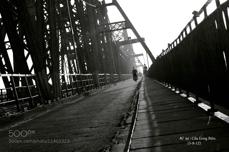 Photograph Long Biên bridge by Tân Ỉn on 500px