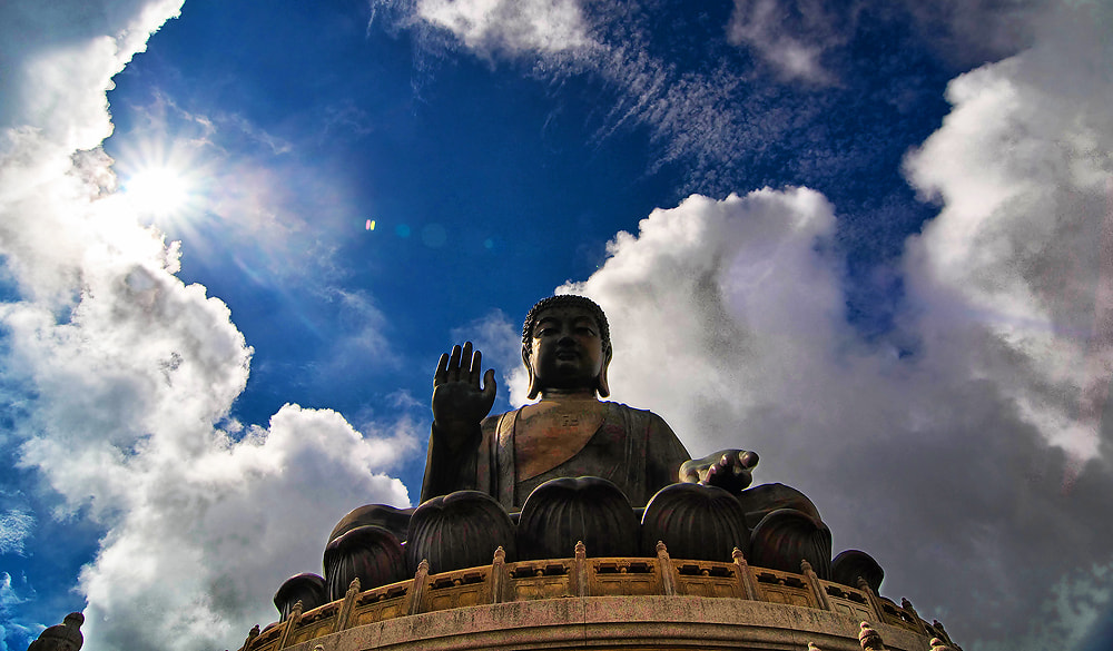Photograph Tian Tan Buddha by Jumrus Leartcharoenyong on 500px