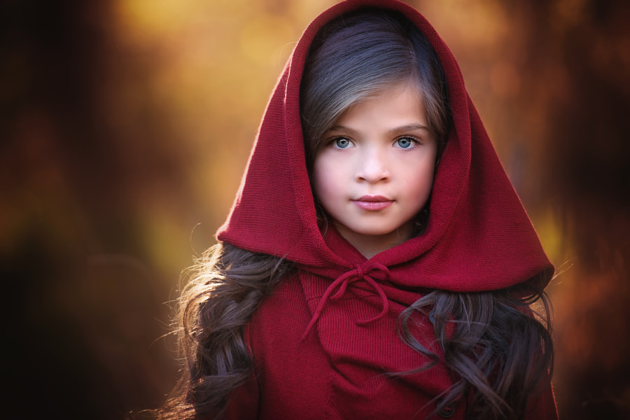 Photograph Red by Amber Bauerle | Frosted Productions on 500px