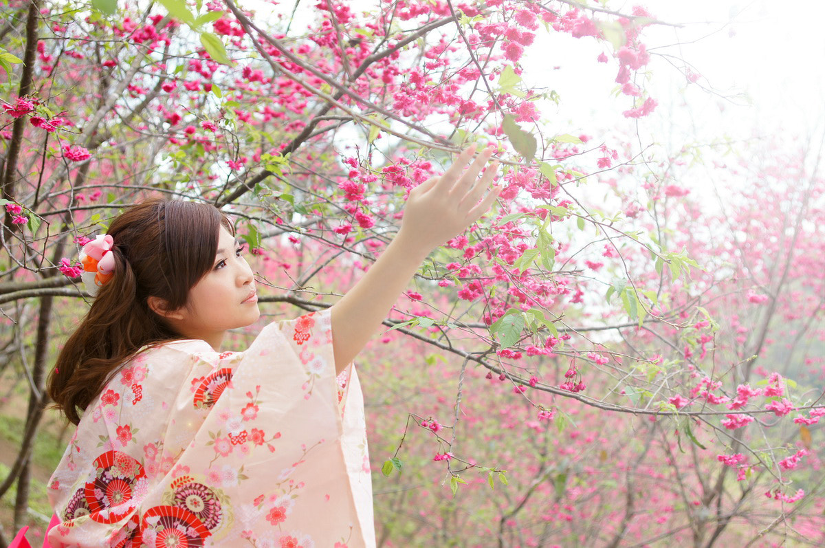 Photograph Miss spring by Ming Lin on 500px
