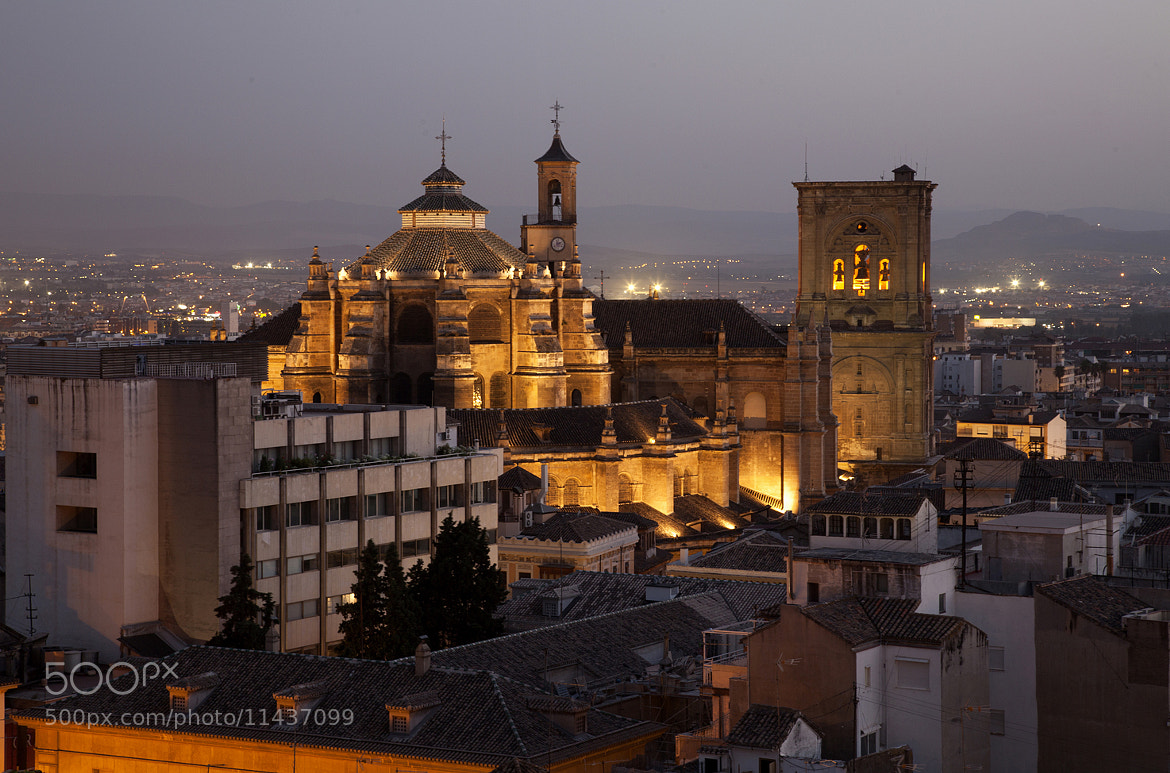 Photograph Granada de noche by Mariano Fernandez Martinez on 500px