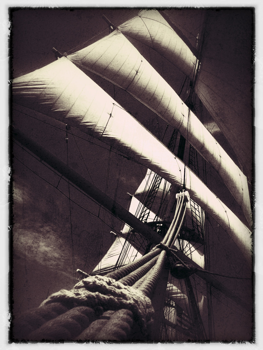 Photograph Full Sail by Kevin Raber on 500px
