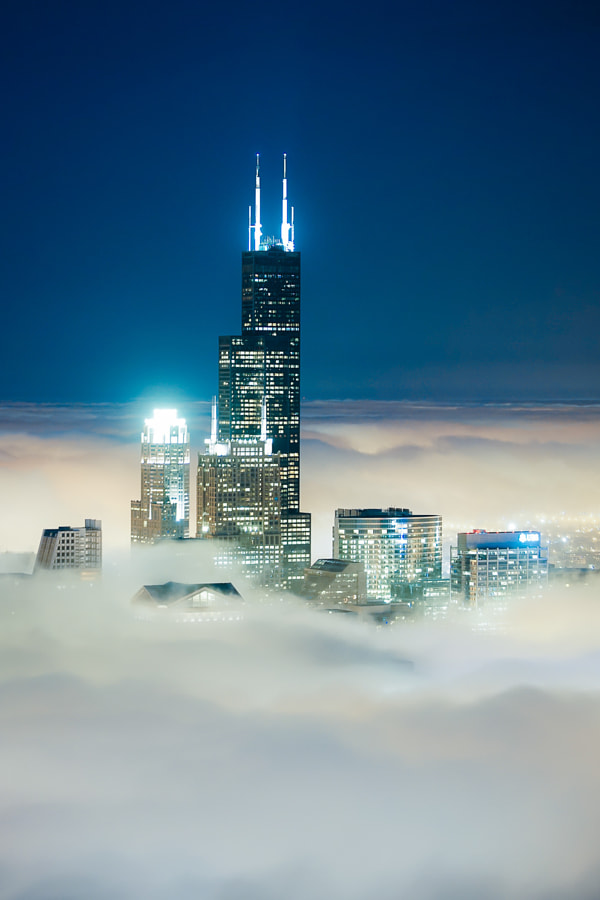 Photograph Cloud Chicago - Willis Tower Wonder by Peter Tsai on 500px