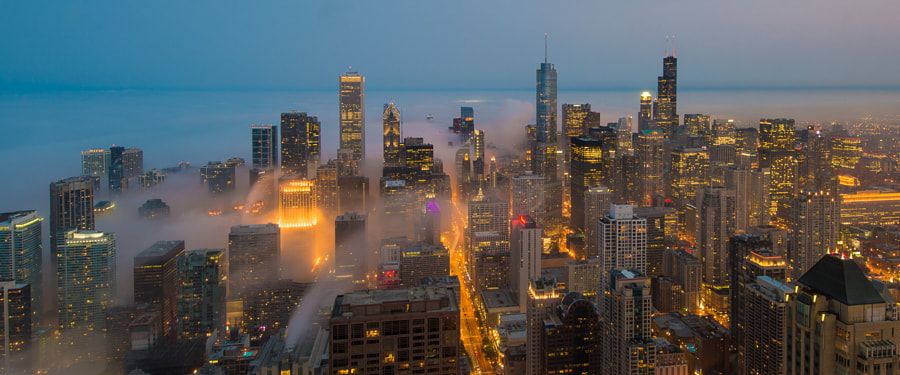 Photograph Cloud Chicago - Streams of Fog by Peter Tsai on 500px