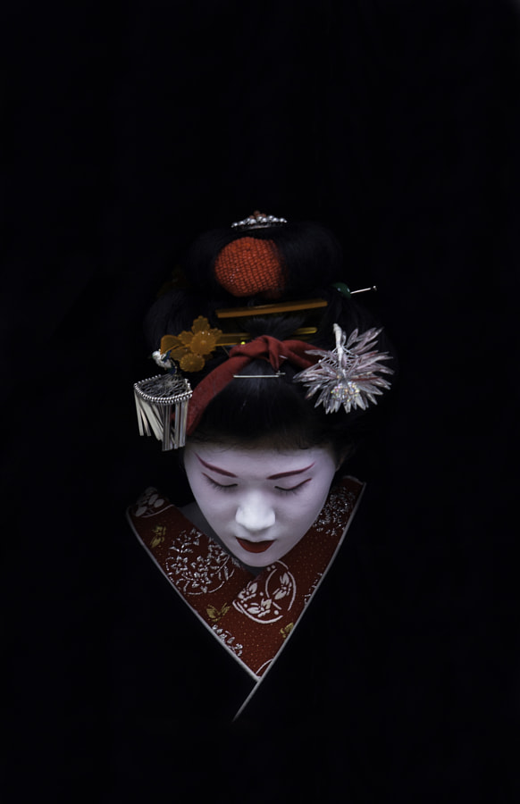 Kiyono of Gion by Sam Ryan on 500px.com