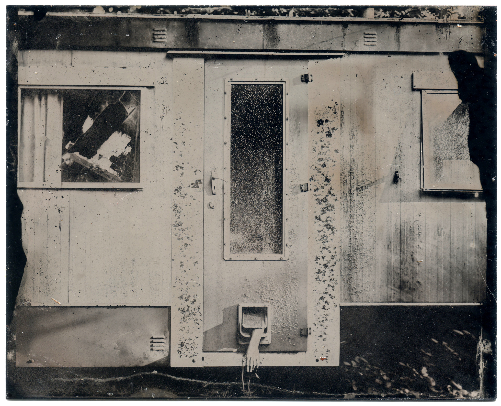 Photograph Creepy Old Mobile Home by Sam Cornwell on 500px