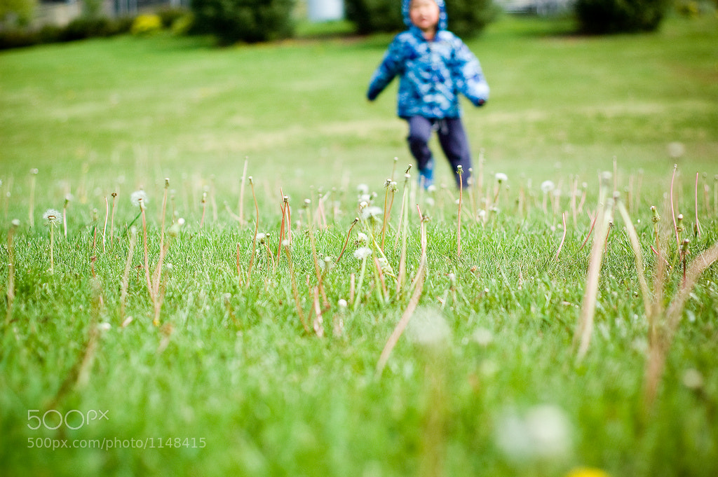 Photograph He runs by Lori Harrison-Smith on 500px