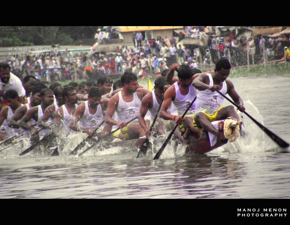 Photograph Nehru Trophy Boat Race by Manoj Menon on 500px