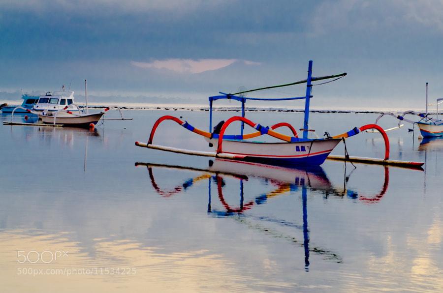 Photograph Jukung by Wisnu Taranninggrat on 500px