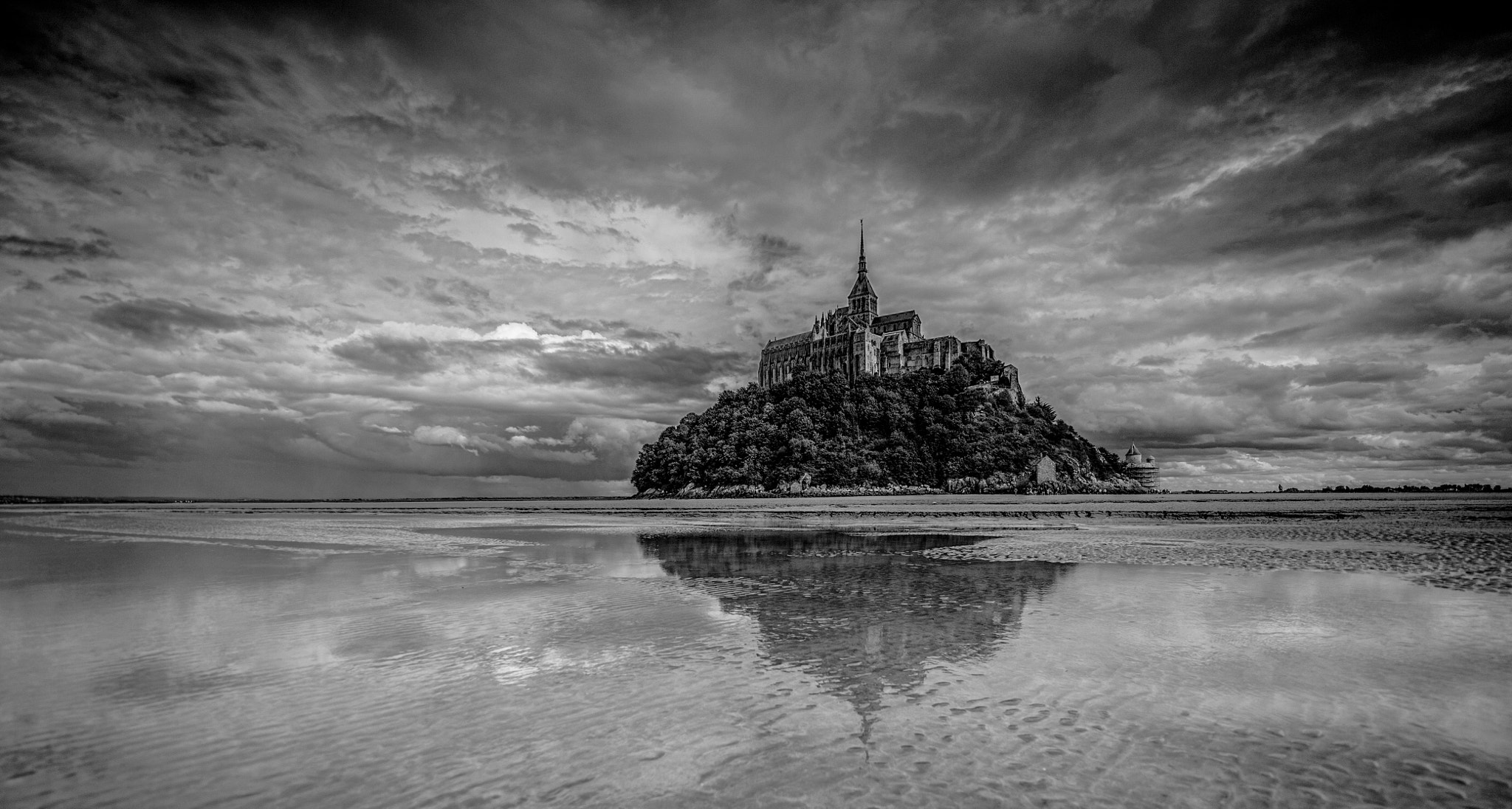 Photograph Le Mont St Michel by WilsonAxpe /  Scott Wilson on 500px