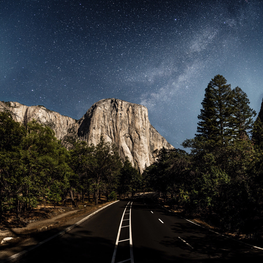 moonlight on el capitan and the milky way. yosemite. california. The moonlight in Yosemite valley is by Tanner Wendell Stewart on 500px.com