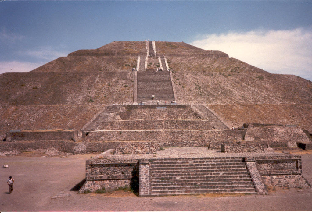 Photograph Pyramid of the Sun, Mexico by Dave Shelton on 500px