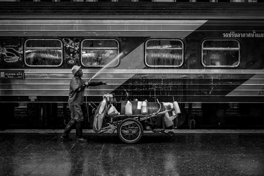 Photograph Train washing by Dech_Asi Asi on 500px