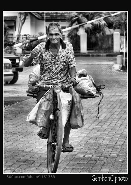 Photograph Oldman with bike  by Fahmi Gembong on 500px