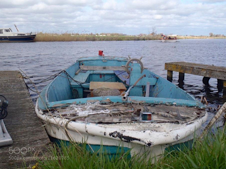 Photograph abandon ship by Mark van der Sluis on 500px