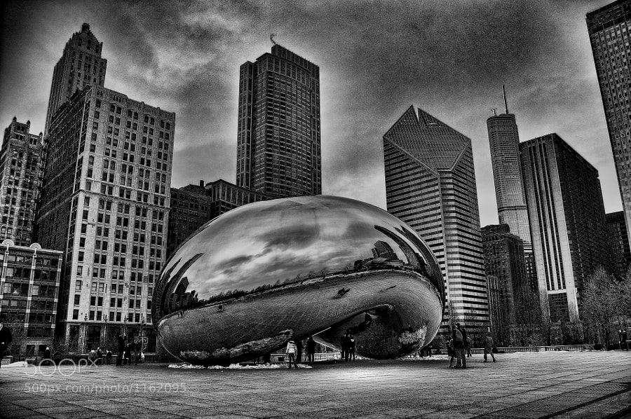 Another photo of the Bean at Millenium Park.