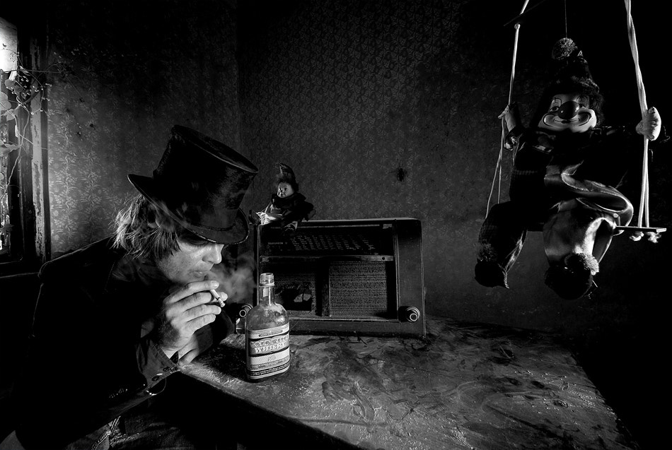 Photograph when the music's over b/w by Mario Grobenski on 500px